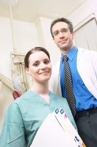 Médico y enfermera